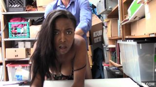 Shoplyfter - Case No.1986744 - Aiding And Embedding