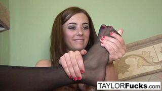 Taylor Vixen - Taylor Vixen Looks Extra Hot In Black Stockings