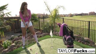 Taylor Vixen - Taylor shows you her big tits