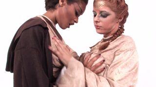 Skin Diamond VIP - Jedi Master Skin uses special powers  to make her cum