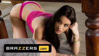 Brazzers - Kinky Teen Lana Rhoades has Sensual Morning Sex with the Big Cock of her Bf's Father