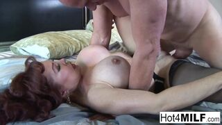 Hot 4 Milf - Super Hot Sexy Vanessa Shows off her Hot Lingerie!