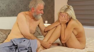 Daddy 4K - Surprise your girlfriend and she will fuck with your dad