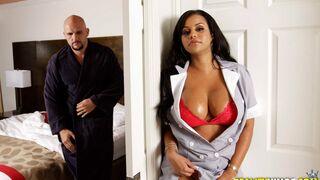 8th Street Latinas - Mary The Hot Maid