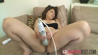 Japan Lust - Busty Japanese Cougar Gets two Loads of Cum in her Mouth