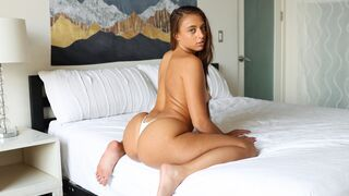 Deep Lush - Anal With Gia