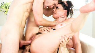 Evil Angel - Squirting MILF Dana's DP Threesome