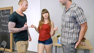 Exxxtra Small - Sex Addicts Anonymous