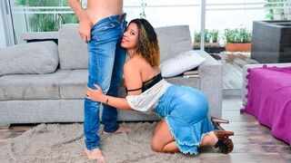 OyeLoca - Latina with bright red lips Ana Figueroa screwed on the first date