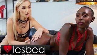 Lesbea - Sexy Blonde Jenny Wild Fingers Gorgeous Ebony Model Girlfriend Zaawaadi