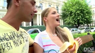 Euro Teen Erotica - Tourist Chick Gets Picked up and Fucked Deep after Eating a Banana