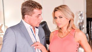 Porn World - Shalina Devine's Naughty Masturbation Show Leads to the Real Deal