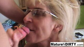 Mature N Dirty - Sexy Grandma wants that Big Cock in the Ass