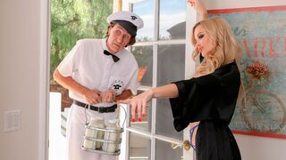 Cherry Pimps - Big-boobed mom with blonde hairs Linzee Ryder screwed by a long dick