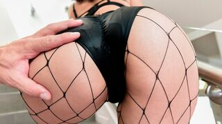 Hard X - Aesthetic anal action with a raven-haired hottie Vanessa Sky