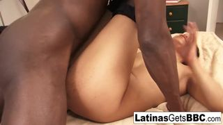 Sexy Latina Leslie Sierra Takes the Big Black Cock Deep inside